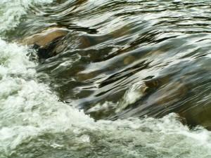 running-water-background